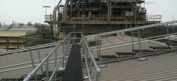 Roof top walkway with guard rails at a gas turbine power plant