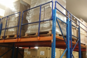 Kee Klamp guardrails provide safety for warehouse racking