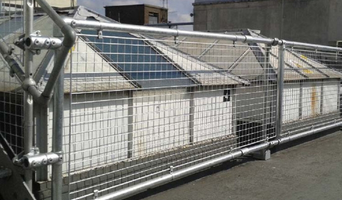 KEEGUARD roof guard rails protect a large roof light