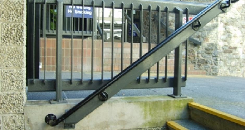 kee access main courante pour escaliers kee safety  france