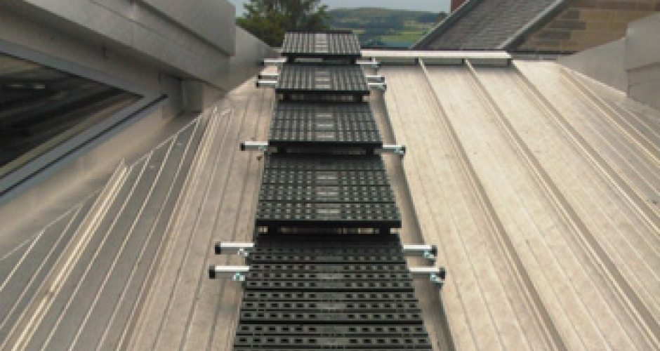 Roof Top Walkway On A Standing Seam Roof Kee Safety Group