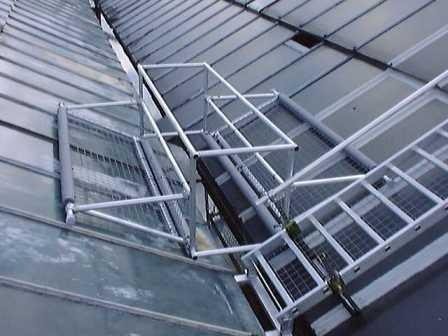 Tackling the issue of fragile roof safety