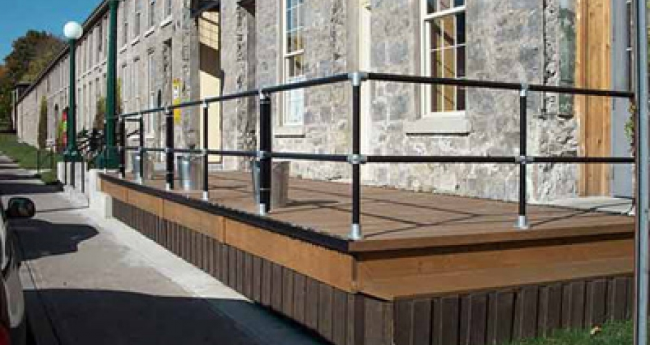 Elevated Walkway Guardrail Kee Safety Inc