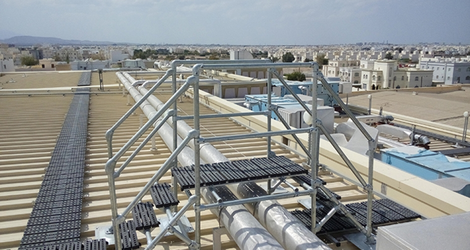 Rooftop Walkway & Step Overs for Muscat City Centre • Kee