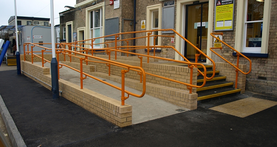 Dda Compliant Access Handrail Kee Safety Uk