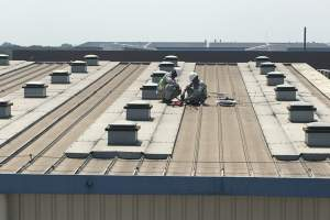 KeeLine Manufacturing Facility Rooftop Installation
