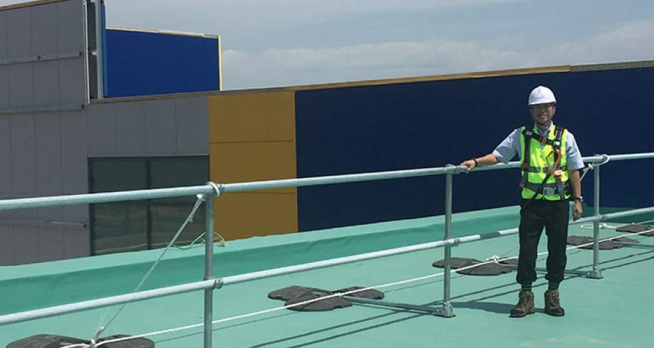 KeeGuard free-standing roof edge protection systems at IKEA in South Korea.