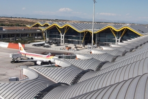 Rooftop walkway at Madrid Barajas Airport