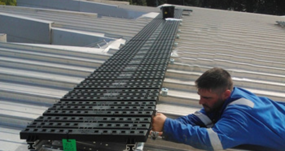 Roof top walkway on a standing seam roof • Kee Safety Group