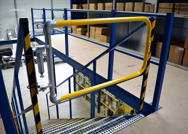 Kee Safety Provides Safe Access With Self Closing Safety