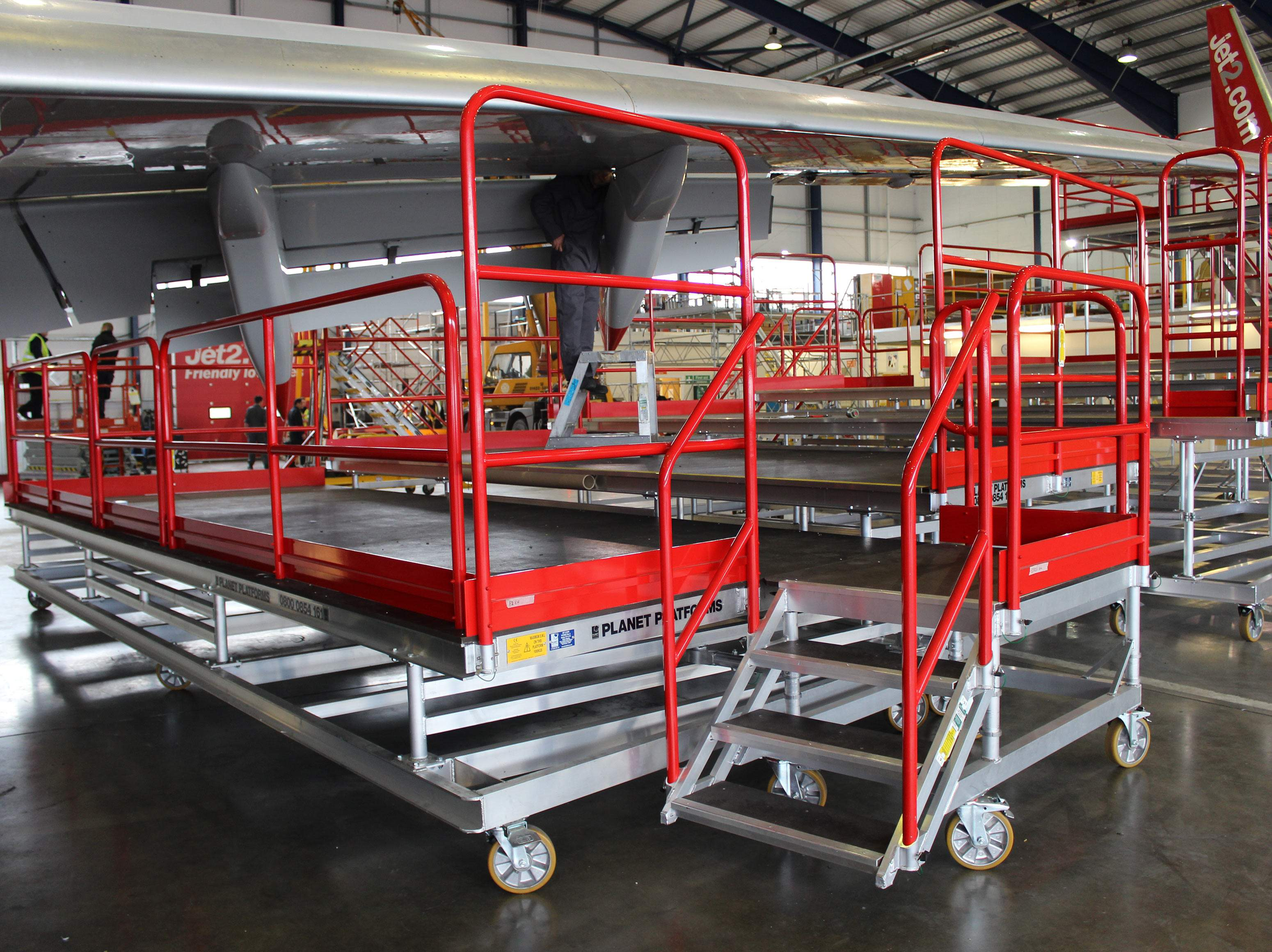 bespoke mobile access platforms for aircraft maintenance