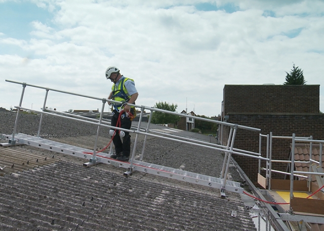 Working safely on fragile roofs