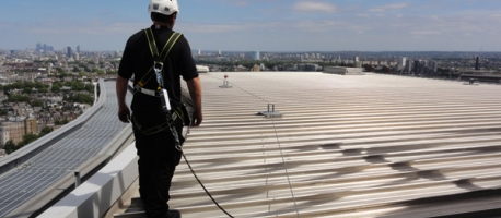Rooftop Guardrail, Rooftop Walkways And Engineered Lifeline Systems, All  Designed To Provide Safe Working At Height.