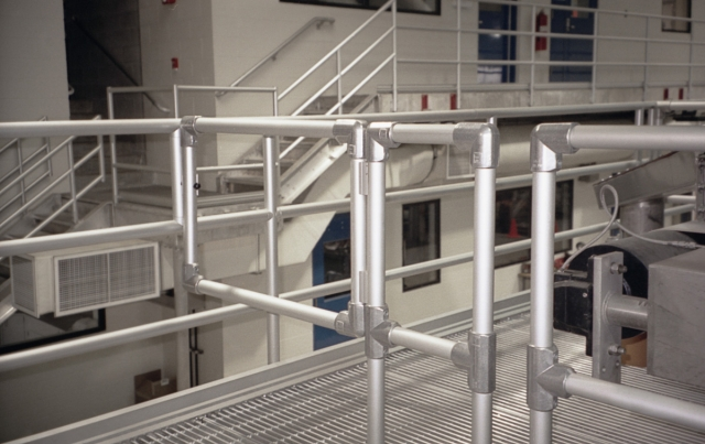 An Alternative To Welded Platform Handrail Systems Kee