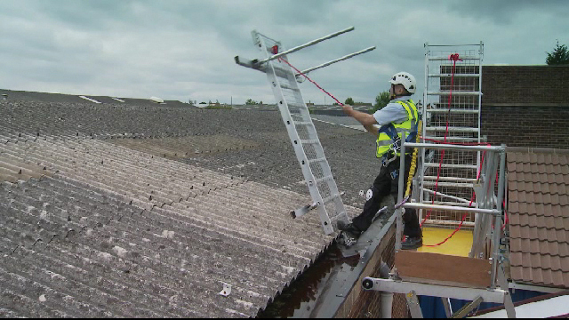 Safety Walk Boards : Roof mesh platform tread plate rack for ford van